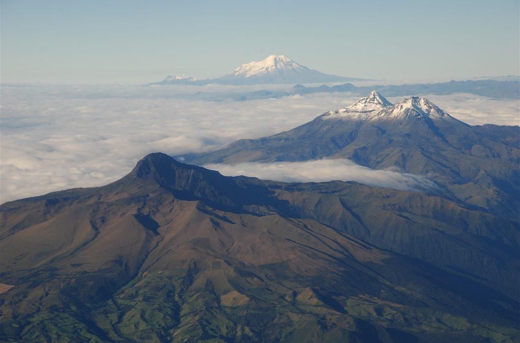 Sumendien ibilbidea / The volcanoes avenue