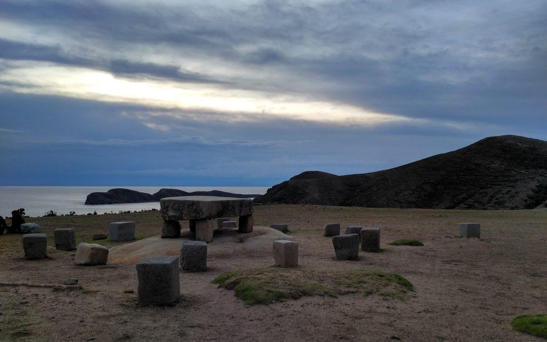 Titikaka lakutik, Uyuniko gatzagara / From Lake Titicaca to Salar de Uyuni